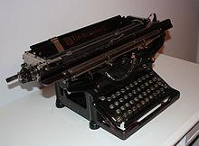 M quina de escribir wikipedia la enciclopedia libre for Importancia de oficina wikipedia