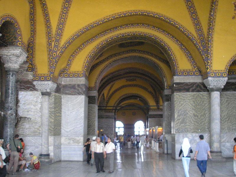 Dosya:Upper gallery Hagia Sophia 2007 003.jpg