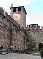 VERONA 046 - Castello Scaligero - Il cortile.JPG
