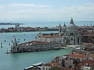 Venezia-punta della dogana.jpg