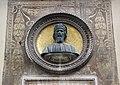 Via dei servi 2-4, palazzo naldini del riccio, busto e lapide a donatello, di emilio mancini, 1886, 02.jpg