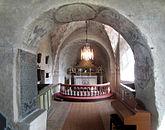 Fil:Vilske-Kleva kyrka med triumfbåge och kor.jpg