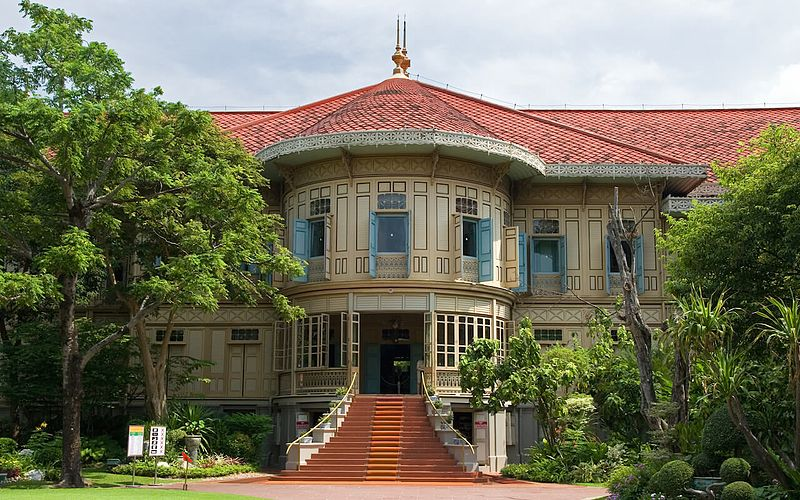 File:Vimanmek-mansion.jpg
