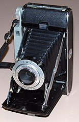 Vintage Kodak Tourist II Folding Camera, Made In USA, Die Cast Aluminum Body, Circa 1951 - 1958 (13581681893).jpg
