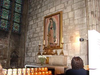 Virgen de Guadalupe Notre Dame Paris Francia