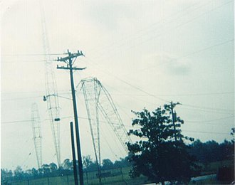 WBT (radio station) - Image: WBT AM tower after hugo