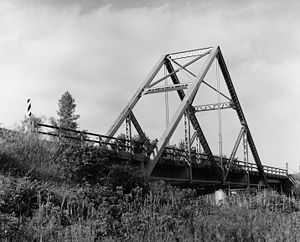 "John Alexander Low Waddell - Waddell ""A"" Truss Bridge (1898), spanning the Linn Branch Creek, Missouri. Removed to construct Smithville Lake."