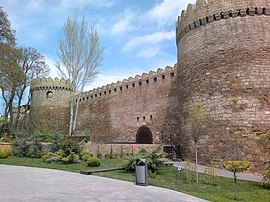 Walls of Baku Fortress 2.jpg