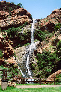 Wasserfall in den Witwatersrand National Botanical Gardens
