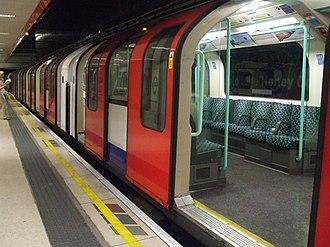 Waterloo & City line - Refurbished 1992 stock train at Waterloo station