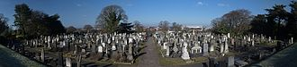 Welford Road Cemetery - Image: Welford Road Cemetery monuments panorama
