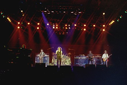 Trapeze broke up in 1982, when Mel Galley - by then, the only remaining original member - joined Whitesnake. Whitesnake1983.jpg
