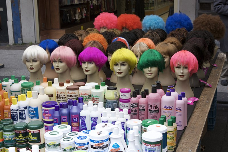 File:Wigs and hair colour.jpg