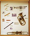 Wind instruments, Brass instruments, Friction membranophone - Soinuenea.jpg