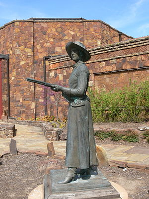 Belle Starr - Statue of Belle Starr in Woolaroc, Oklahoma.