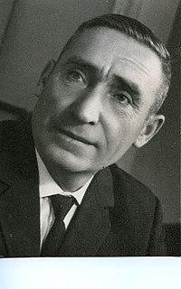 https://upload.wikimedia.org/wikipedia/commons/thumb/4/4b/Zavorotniy_Nikolay_Kirillovich_1966.jpg/200px-Zavorotniy_Nikolay_Kirillovich_1966.jpg