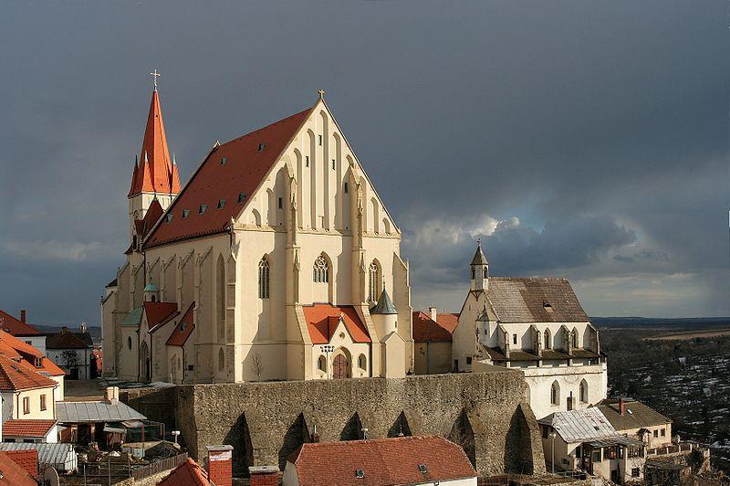 crkve,manastiri....ostali relig.objekti - Page 21 800px-Znojmo-Nicholas_Square