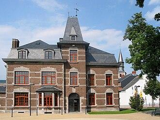Éghezée - Image: Éghezée Maison communale (1)