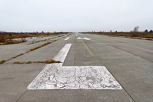 Željava Air Base - Image: Željava, Runway 1