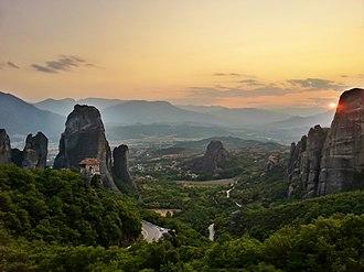 Meteora - Image: Ιερά Μονή Ρουσάνου και Αγίου Νικολάου Αναπαυσά, Μετέωρα