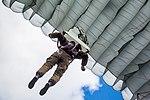 Десант Нацгвардії успішно виконав завдання у небі IMG 1686 (29395791053).jpg