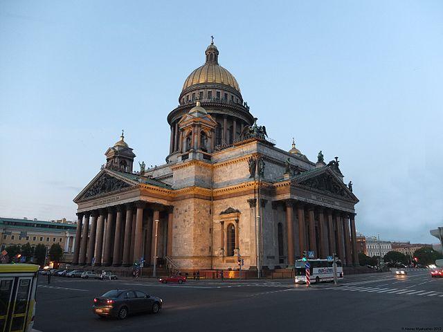 Парламент Петербурга рассмотрит вопрос ореферендуме поИсаакиевскому собору 17мая