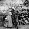 וויצמן ואשתו ( 1906) .-PHPS-1338454.png