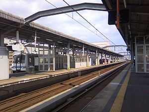 Izumoshi Station - Image: 出雲市駅プラットホーム