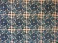 005 Casa Torrebadella, c. Anselm Clavé 29 (Granollers), rajoles de l'arrambador ceràmic.jpg