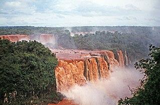 00 1854 Iguazú-Wasserfälle - Südamerika.jpg
