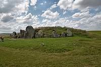 1010628-WestKennettLongbarrow (14).jpg