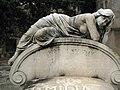 150 Tomba de Josep Domingo i Foix, escultura d'Antoni Pujol.jpg
