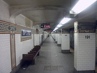 191st Street (IRT Broadway–Seventh Avenue Line) - A view of one of the station platforms.