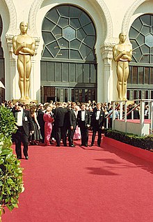 1988 Academy Awards red carpet.JPG