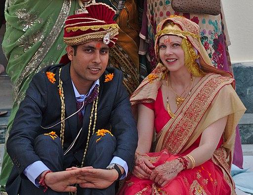 19 October 2016 Hindu wedding couple