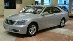 Toyota Crown Royal (S180)