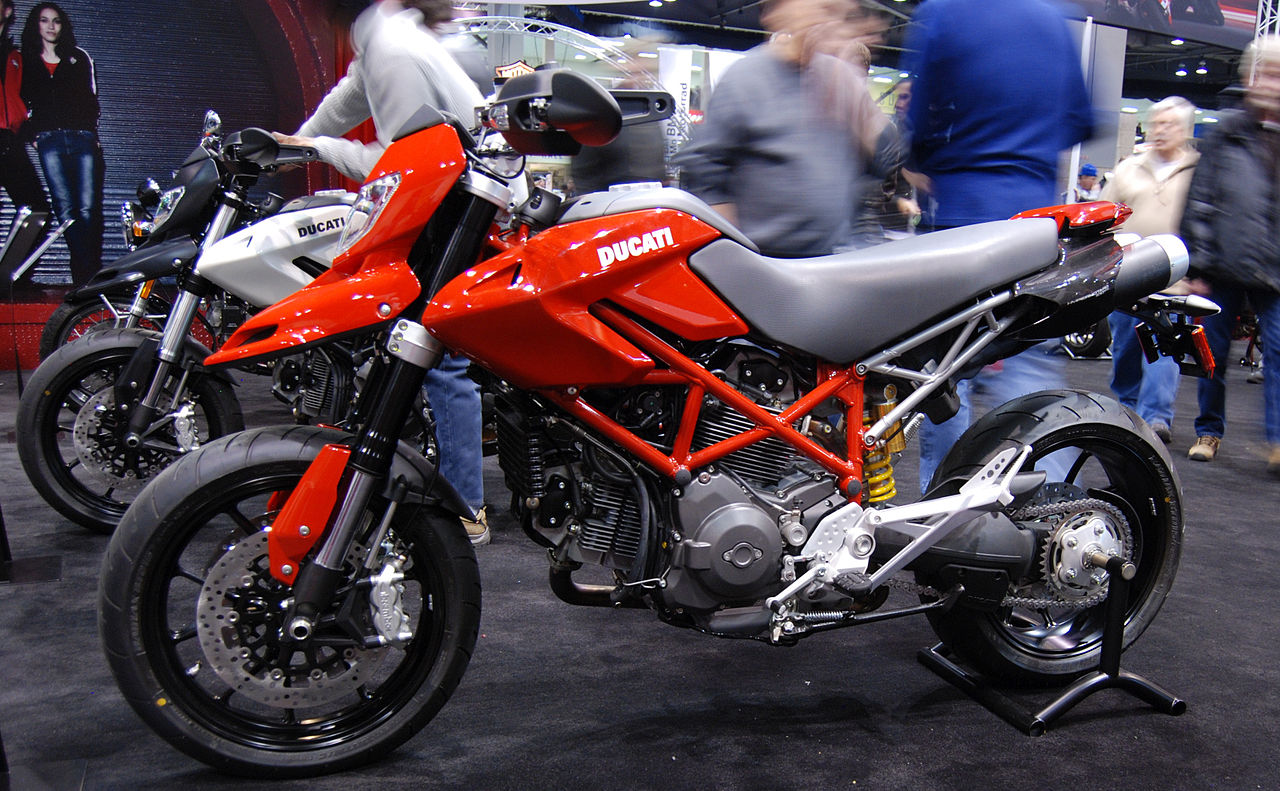 file 2010 ducati hypermotard 796 at the 2009 seattle international motorcycle show. Black Bedroom Furniture Sets. Home Design Ideas