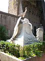 2012-09-09 Angel of Grief - wiew from left.jpg