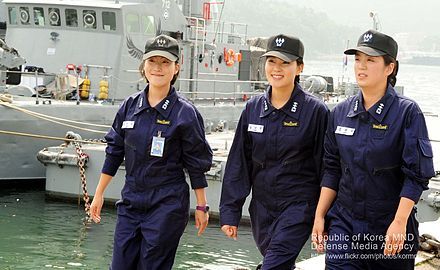 Three ROKN Lieutenants were appointed as the first female commanding officers of Chamsuri-class patrol boats in 2012. 2012 haegun yeogun gosogjeong jeongjang immyeong (7559205702).jpg