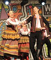 2013 Woodstock 064 Pieśni i Tańca Mazowsze.jpg