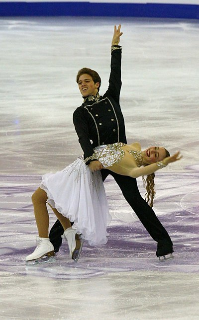 Rachel and Michael Parsons were the record holders of junior ice dance scores.