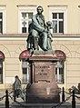 2017 Pomnik Aleksandra Fredry we Wrocławiu 2.jpg