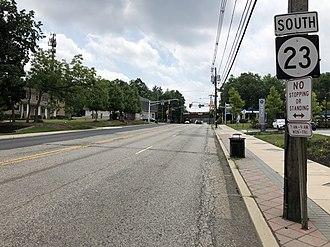 Cedar Grove, New Jersey - View south along Route 23 in Cedar Grove