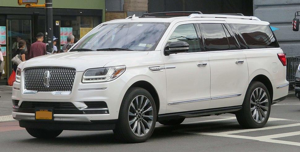 2018 Lincoln Navigator front 9.22.18