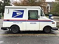 2020-10-28 11 11 30 Right side of a USPS Grumman LLV in Edison Township, Middlesex County, New Jersey.jpg