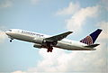 244cd - Continental Airlines Boeing 767-224ER, N68155@ZRH,06.07.2003 - Flickr - Aero Icarus.jpg