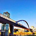 3. Fiets en voetgangers brug - panoramio.jpg