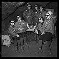 "5.7.65. Les ""recluses"" des grottes de Lacave (Lot) sortent (1965) - 53Fi5114.jpg"
