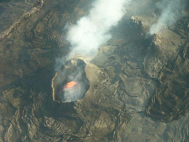 Magma v sopke Kilauea na Havajských ostrovoch
