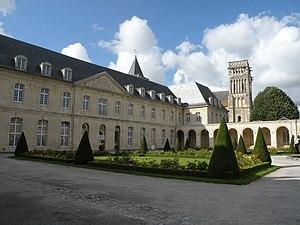 Fachada de la iglesia abacial de la Trinidad, Caen